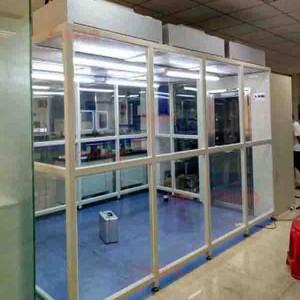 洁净棚采取FFU和高效空气过滤器来达到10到1000级左右