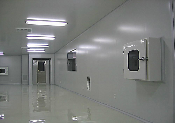 烤漆联锁传递窗在无尘室中安装起到局部无尘,无菌的高洁净工作环境的设备.