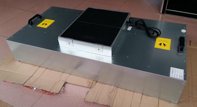 FFU风机过滤单元英文全称为(Fan Filter Unit),中文专业用语为风机过滤机组。