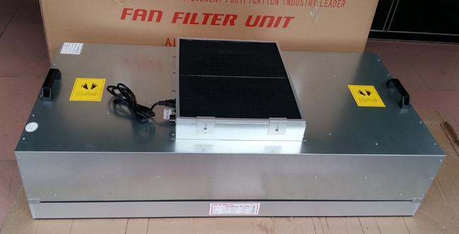 FFU风机可模块化连接使用,使得FFU广泛应用于无尘室、无尘操作台、无尘生产线、组装式无尘室和局部百级等应用场合。