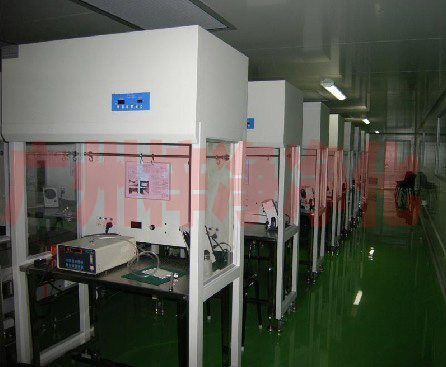 洁净流水线工作台是有多台洁净工作台组成