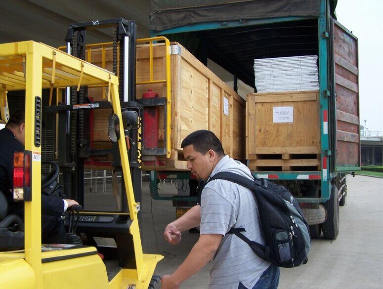 运输风淋室时包装一定要打牢固,这是在运输中减少损失的关键。