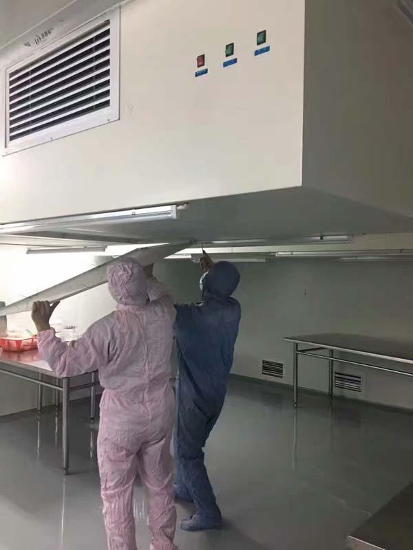 悬挂式净层流罩安装检测现场